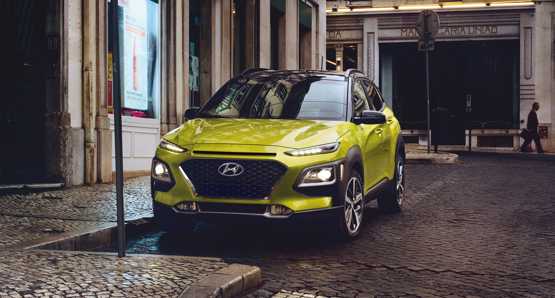 ... SUVs Crossover, And Now Its Latest Reiteration, The 2018 Hyundai Kona,  Is A Step Forward Into A Comfortable Throwback, The Hatchback Design.